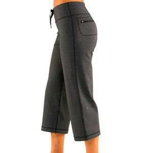 Lululemon Relaxed Fit Crop Pants